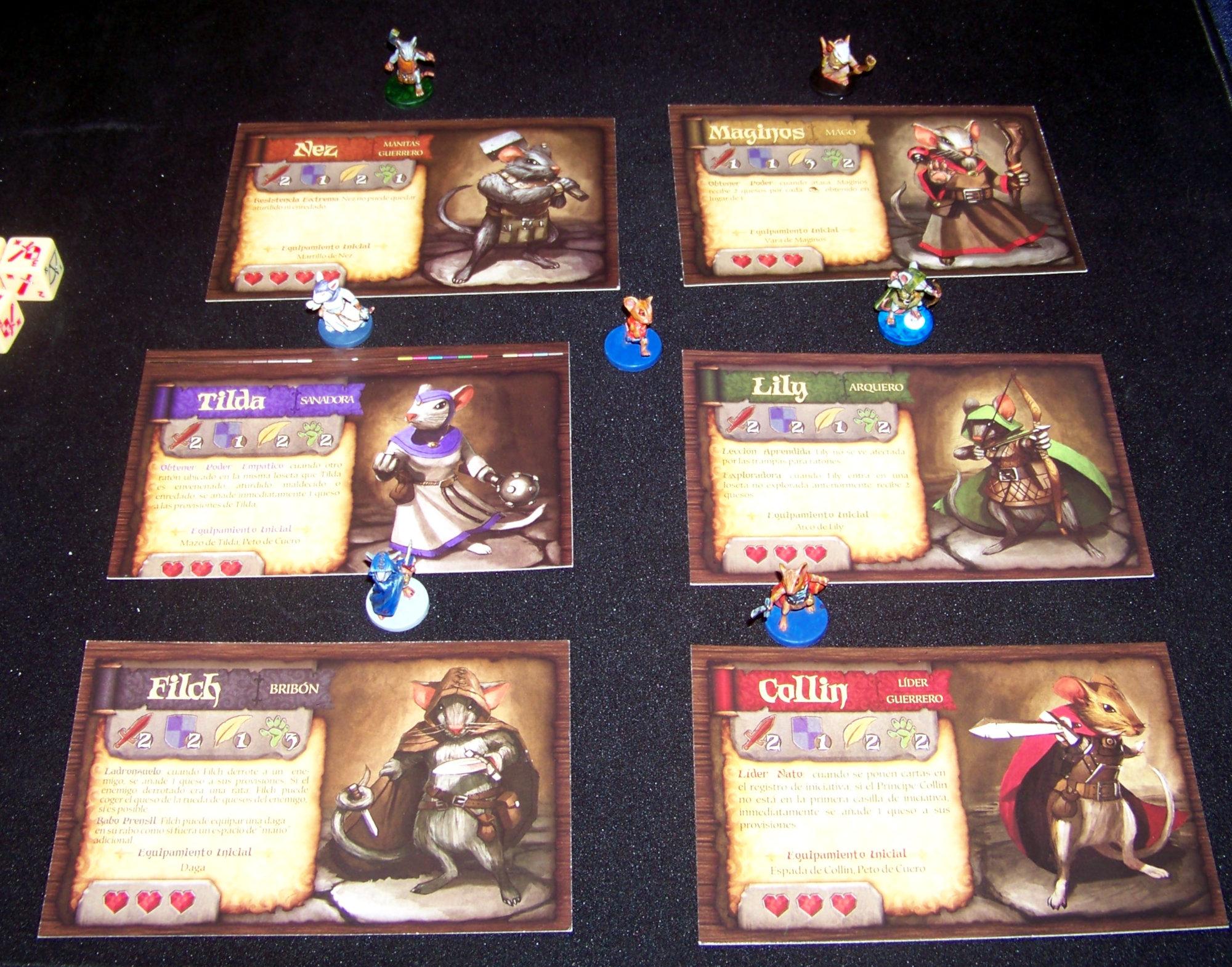 Juego de mesa De Ratones y Magia - detalle de las minis de héroes con sus tarjetas