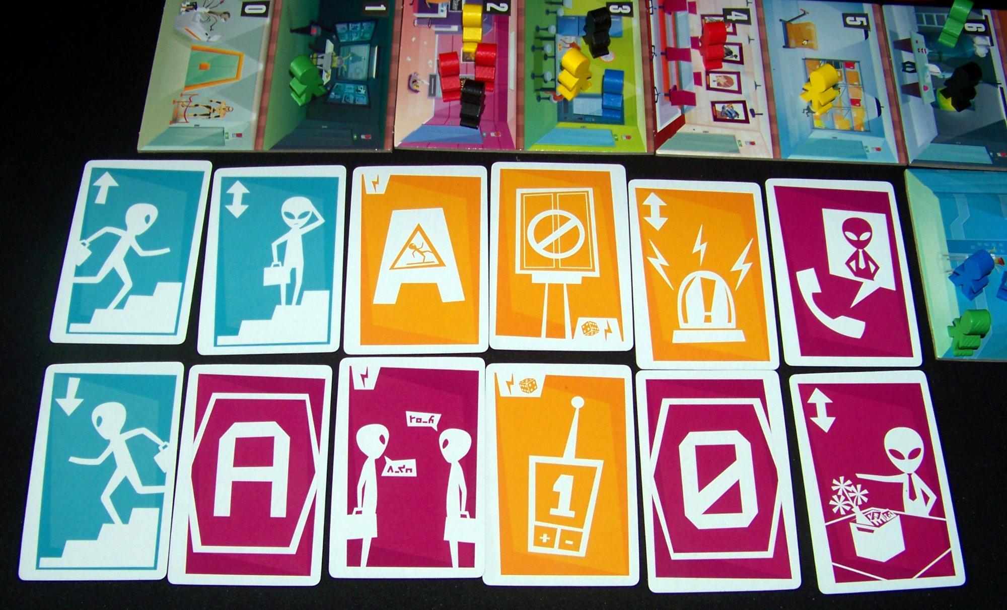 Juego de mesa Alien 51 - cartas